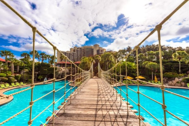 hyatt-regency-grand-cypress-disney-world-hotel-pool-bridge