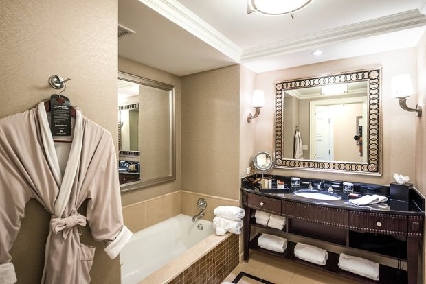waldorf-astoria-orlando-disney-world-hotel-015