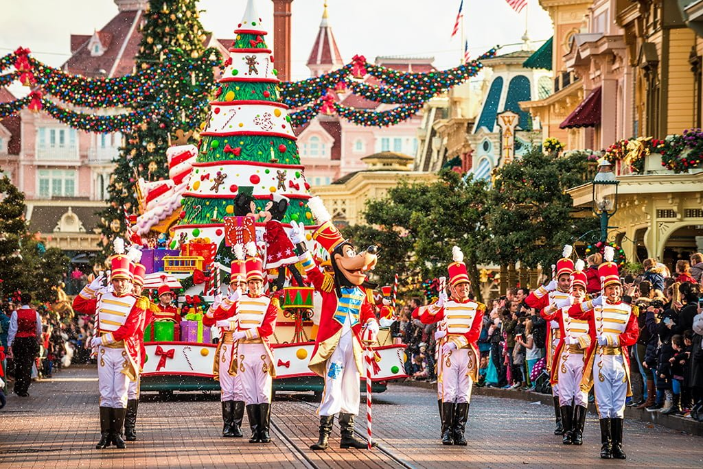 Christmas In Disneyland Paris.Christmas 2019 At Disneyland Paris Disney Tourist Blog