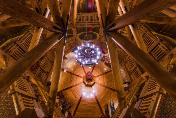vwl-rafters-lobby copy