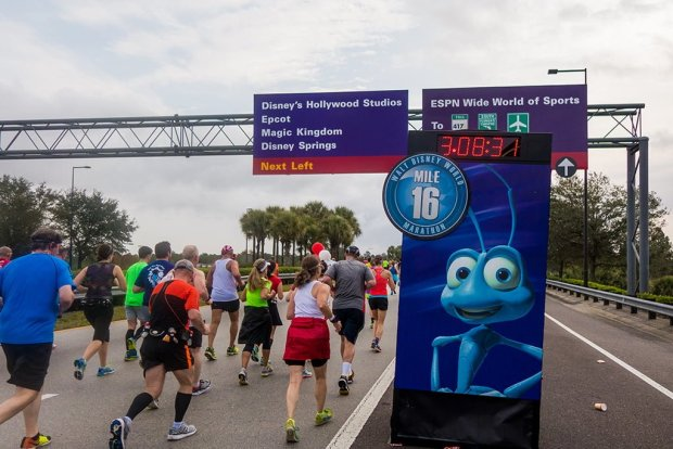 walt-disney-world-2016-marathon-bricker-025