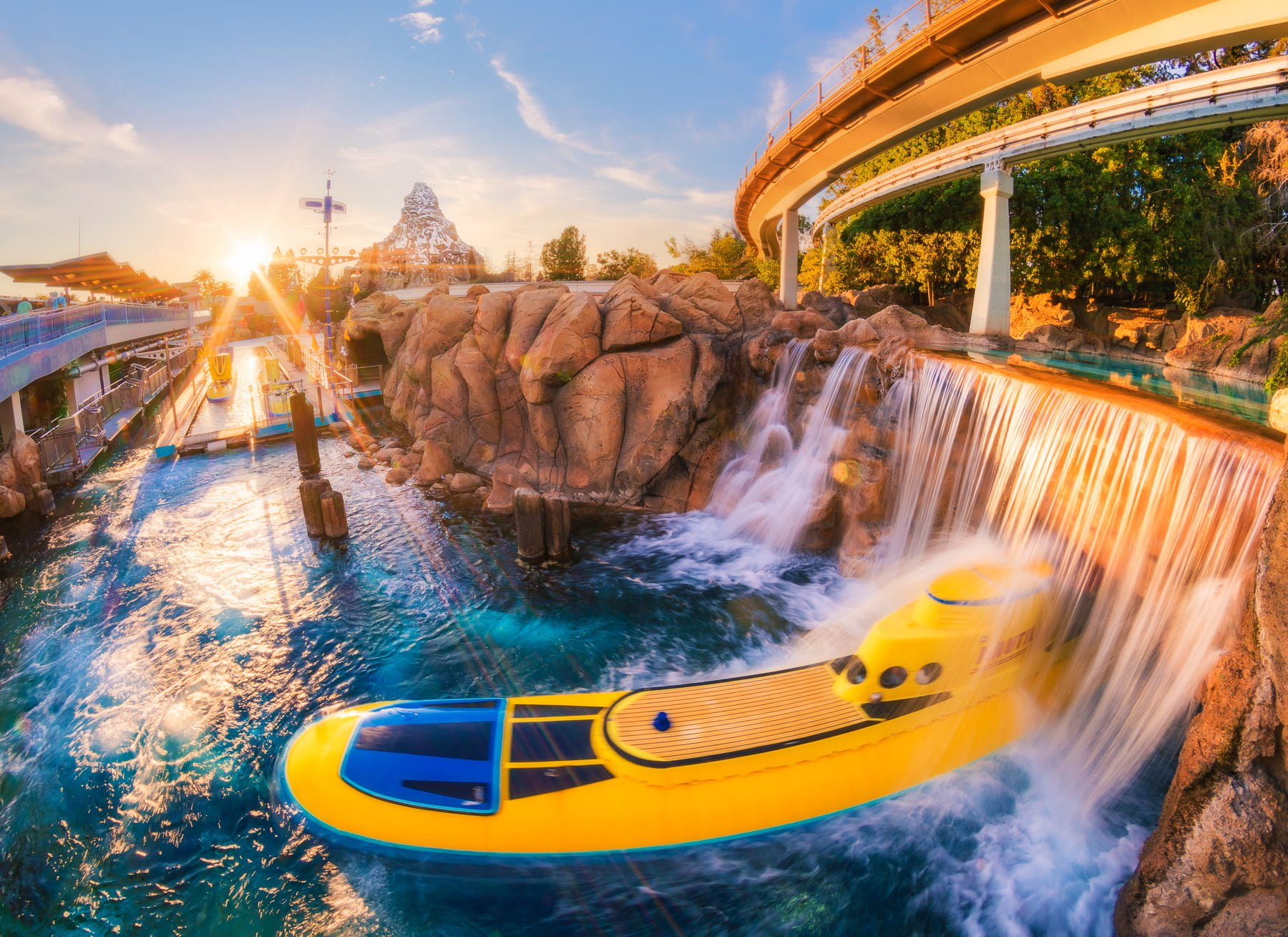 disneyland-attractions