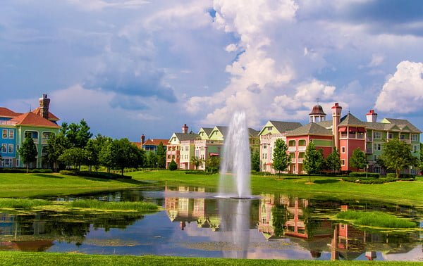 saratoga-springs-resort-reflection-M