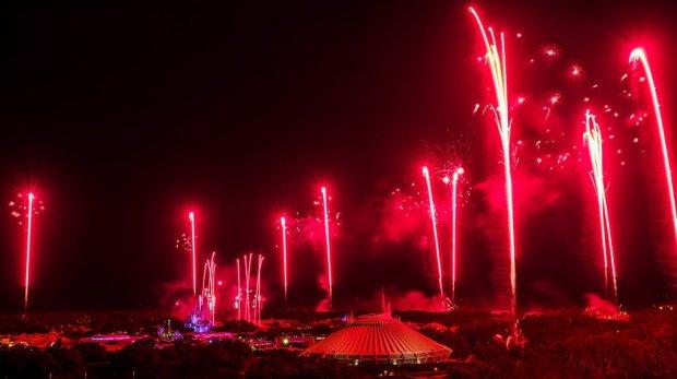 july-4-fireworks-disney-world-bay-lake-tower