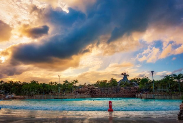 typhoon-lagoon-sunset-orton