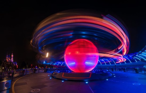 jet-packs-spinning-tomorrowland-shanghai-disneyland