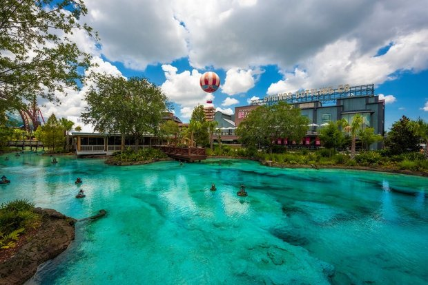 disney-springs-balloon-water-walt-disney-world-bricker