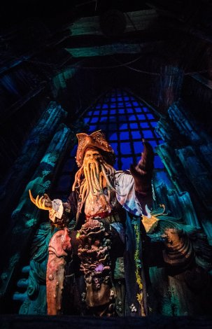 pirates-caribbean-battle-sunken-treasure-shanghai-disneyland-010
