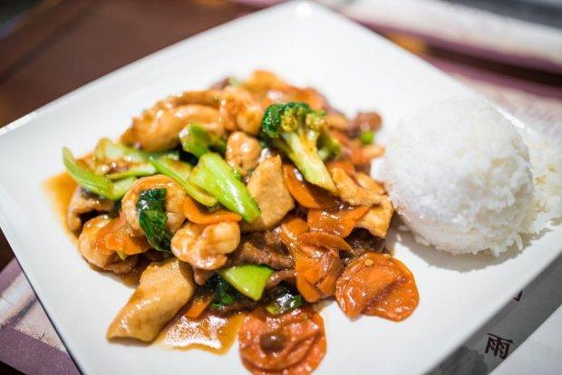 nine-dragons-restaurant-china-epcot-world-showcase-walt-disney-world-006