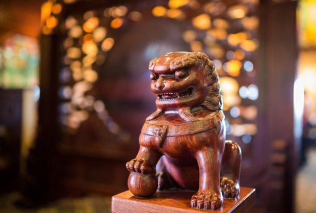 nine-dragons-restaurant-china-epcot-world-showcase-walt-disney-world-010