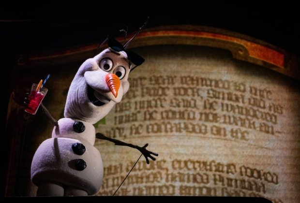 olaf-puppet-mickey-wondrous-book-new-show