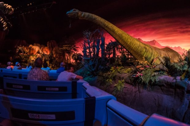 universe-of-energy-dinosaurs-epcot-018