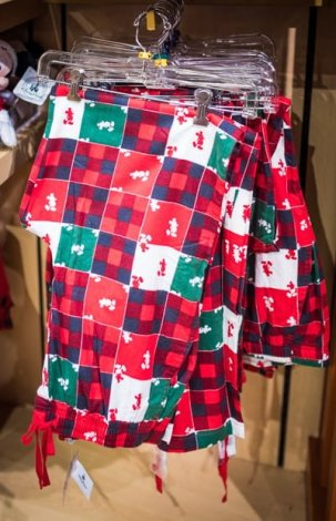 christmas-2016-merchandise-disney-world-disneyland-030