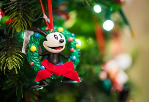 disney-parks-christmas-2016-merchandise-003