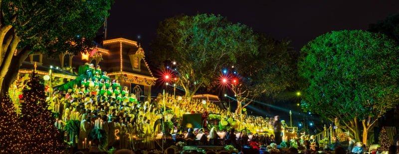 Disneyland Candlelight Processional Info Tips Disney Tourist Blog