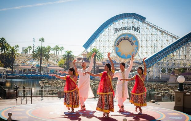 Guide To Festival Of Holidays At Disney California Adventure - Disney adventure