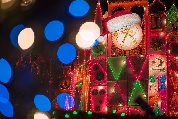 its-a-small-world-holiday-christmas-disneyland-001