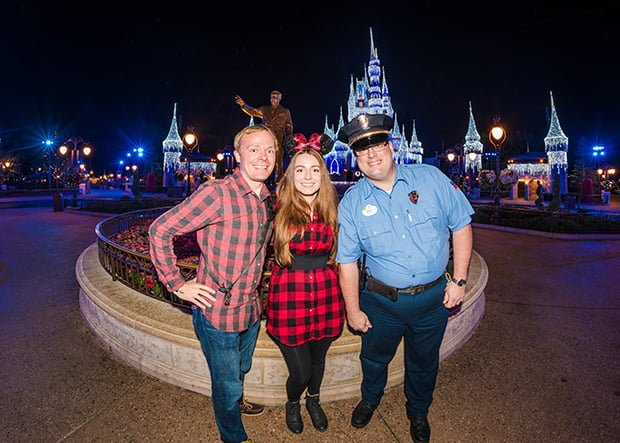 security-mickeys-very-merry-christmas-party-walt-disney-world-020