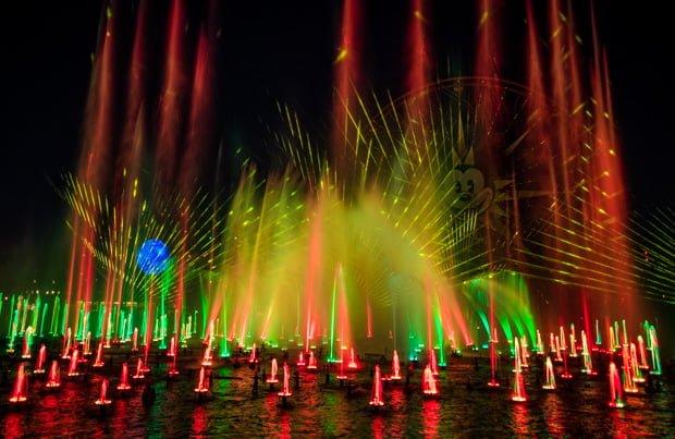 world-color-season-light-christmas-disney-california-adventure-001