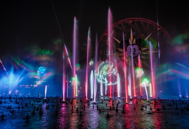 world-color-season-light-christmas-disney-california-adventure-004