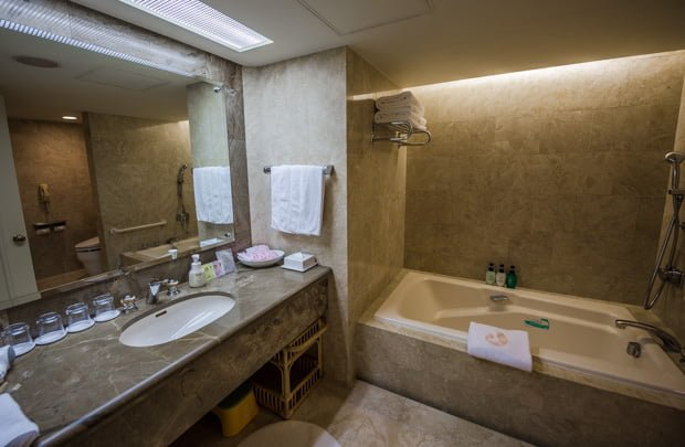 hotel-okura-tokyo-bay-disneyland-disney-sea-resorts-150