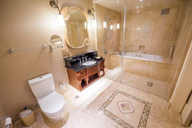 shanghai-disneyland-hotel-room-interior-019
