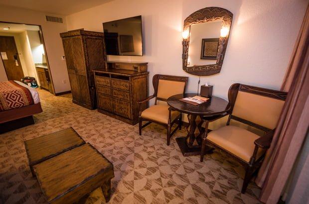 jambo-house-animal-kingdom-lodge-disney-world-hotel-478