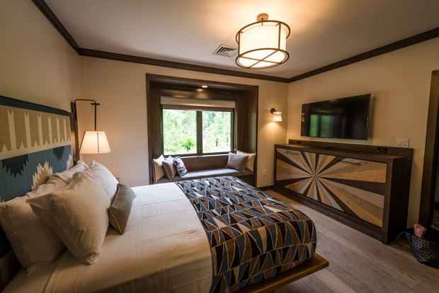 disney world hotel reviews disney tourist blog. Black Bedroom Furniture Sets. Home Design Ideas