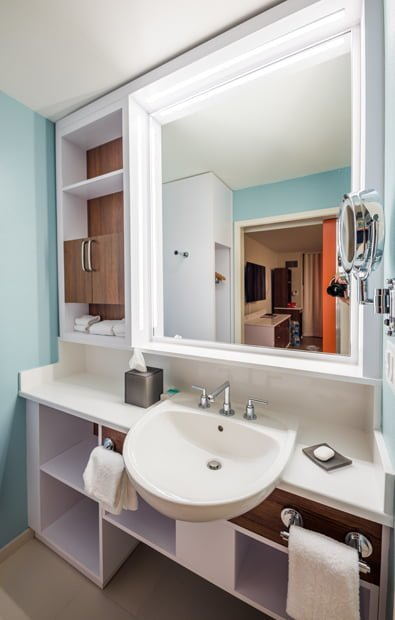 Photos video new rooms at pop century disney tourist blog all of these things to us are upgrades to the room with zero downside each individually might be a minor thing but collectively they make for a room publicscrutiny Images
