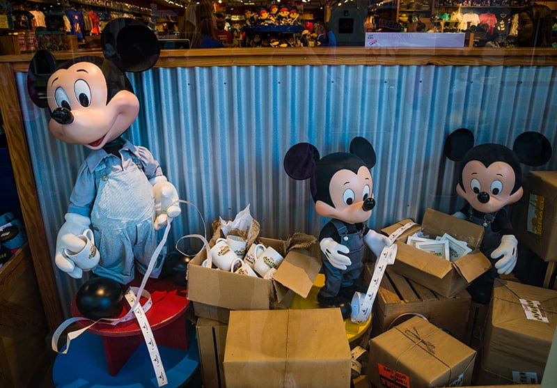 How to Shop Outlets for Discount Disney World Merchandise - Disney ...