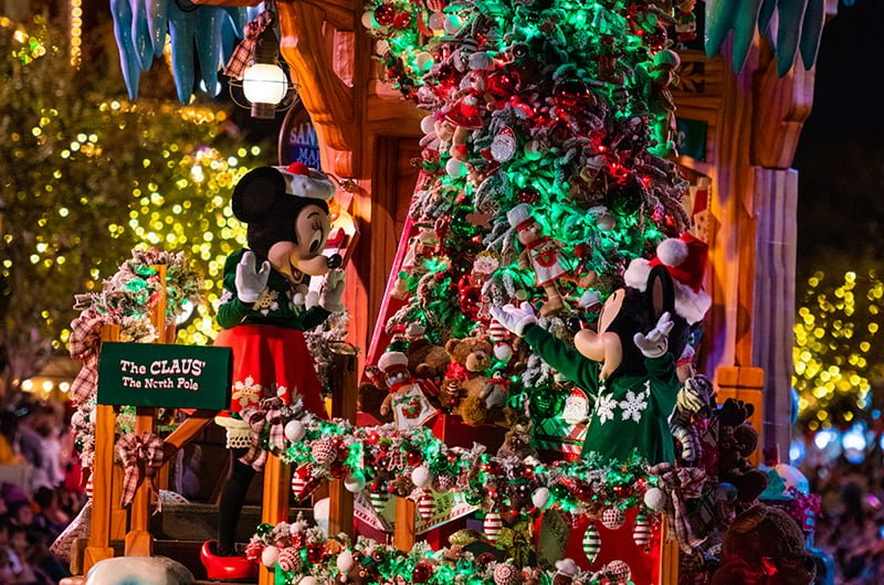 3e4e7f91f45b Our Christmas guide offers tips & tricks for doing Disney California  Adventure and Disneyland during the holiday season to make the most of the  festivities.