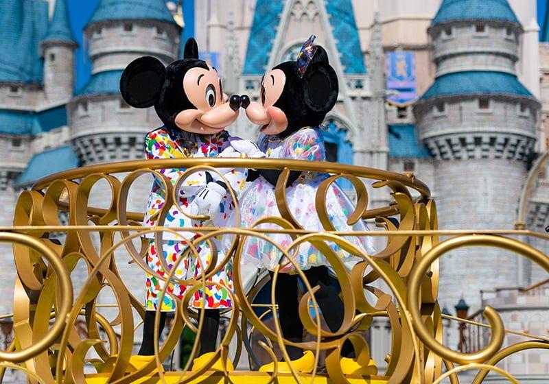 New Minnie Mickey Mouse Surprise Celebration In Magic Kingdom Disney Tourist Blog