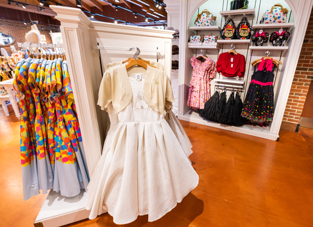 ac0bd8d96b6 What To Wear To Disney World - Disney Tourist Blog