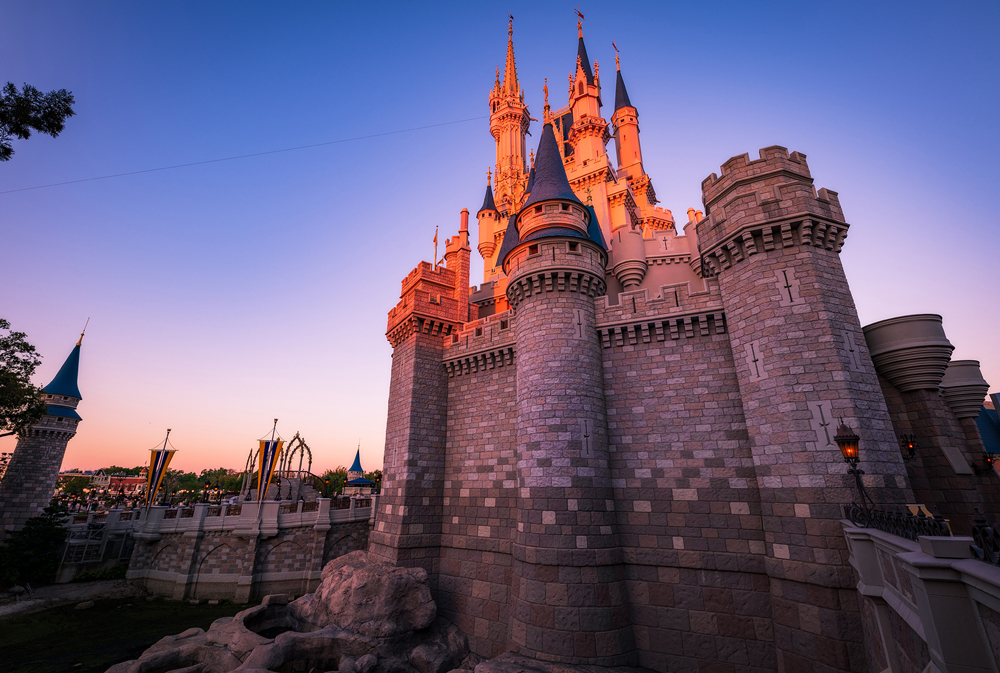 Cinderella Castle Suite Tour & Photos - Disney Tourist Blog