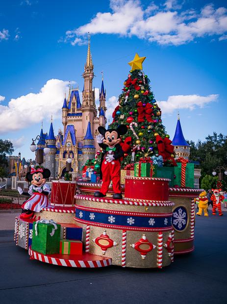 Disney World Christmas Packages 2021 December At Disney World Crowd Calendar Info Disney Tourist Blog