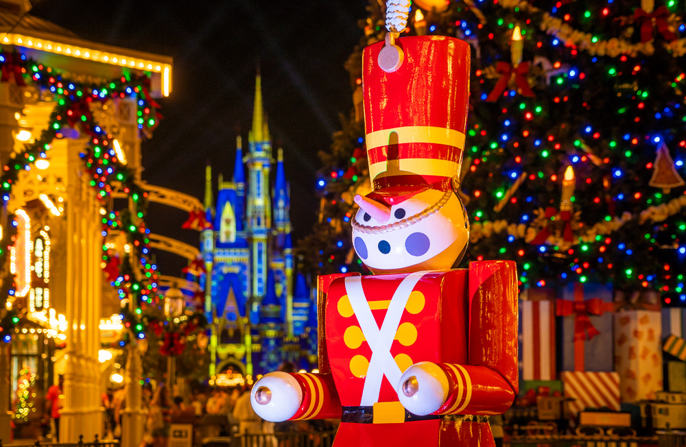 25 Days Of Christmas Blessings Grocery Stores Open On Christmas Day Orlando New Year S Day Wikipedia