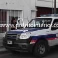 En la tarde de ayer, autoridades policiales permanecieron por un largo tiempo custodiando el frente de una vivienda con fachada de local, en la que minutos antes, un hombre que […]