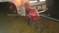Se produjo cerca de las 23:00 horas entre un camión y una moto en el kilómetro 262 de la ruta 188 que circulaban en el mismo sentido en dirección a […]