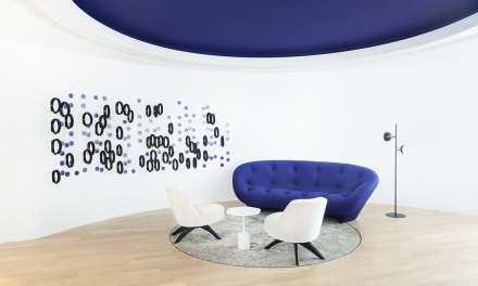 Sede Edelman Dubai de Estudio Roar: un color especial