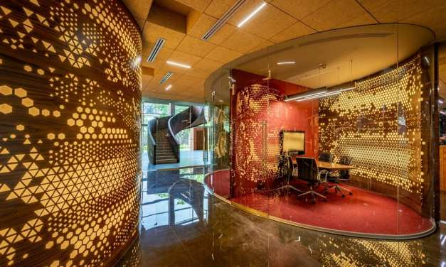 Office @63 Narsi en Mumbai, de Sanjay Puri Architects