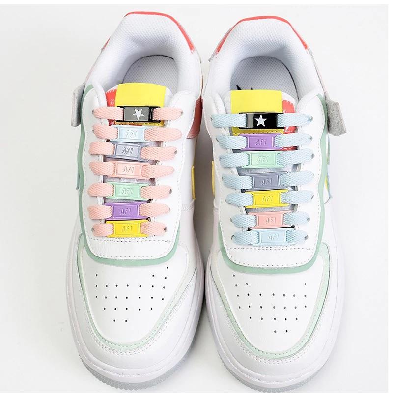 Hebillas personalizadas para los cordones de tus zapatillas 2