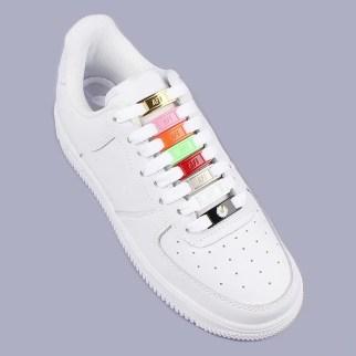 Hebillas personalizadas para los cordones de tus zapatillas 9
