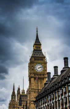 cloudy big ben london