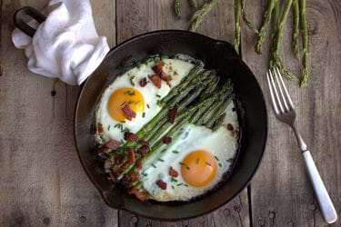 These are the best super easy low carb breakfast ideas. Bored of eggs? Then try these instead. | ditchthecarbs.com
