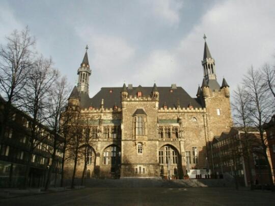 Aken Rathaus