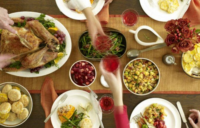 Want to save some serious cash on your Thanksgiving festivities? Read these money saving tips to help.