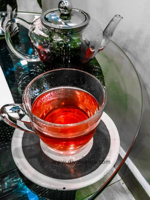 hibiscus tea, the brew room chennai, , benefits of herbal teas, , chennai beauty blogger, chennai food blogger, weekly ramblings, Divassence, Chennai, besant nagar