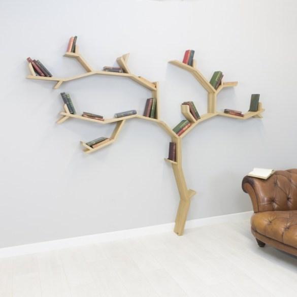Libreria albero per decorare la casa