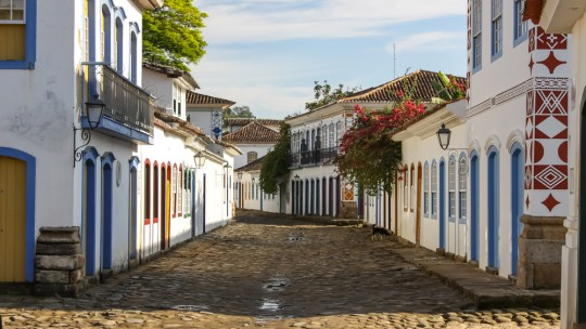 PARATY: HISTORY, BEACHES AND GOOD FOOD