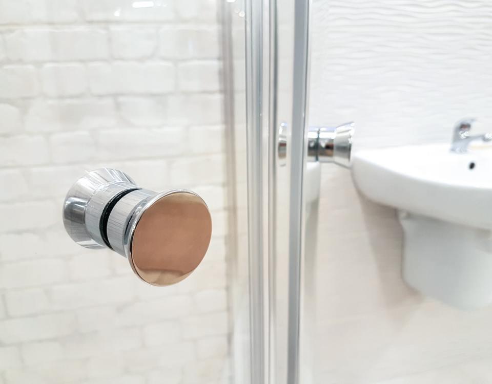 choosing shower glass door